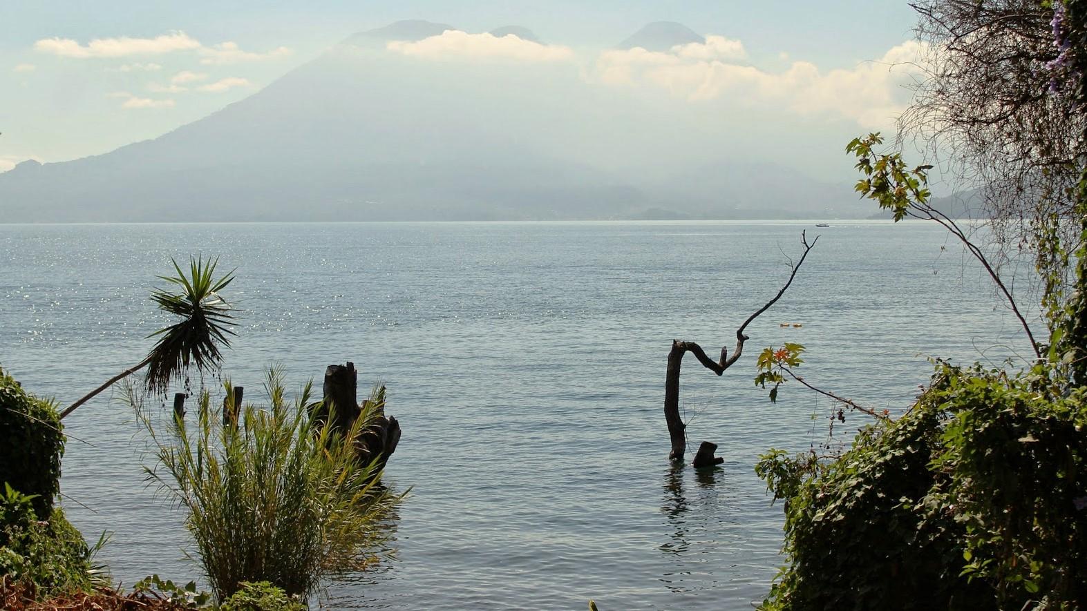 vulcani lago atitlan