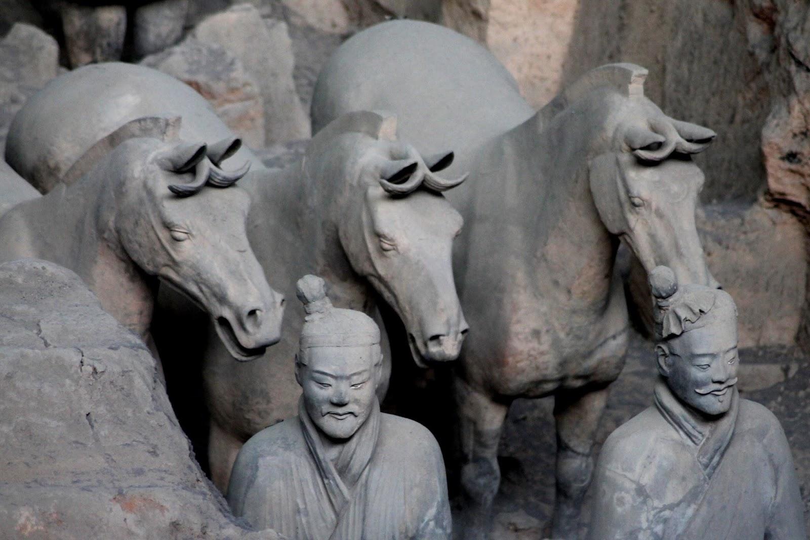 statue esercito di terracotta xi'an cina