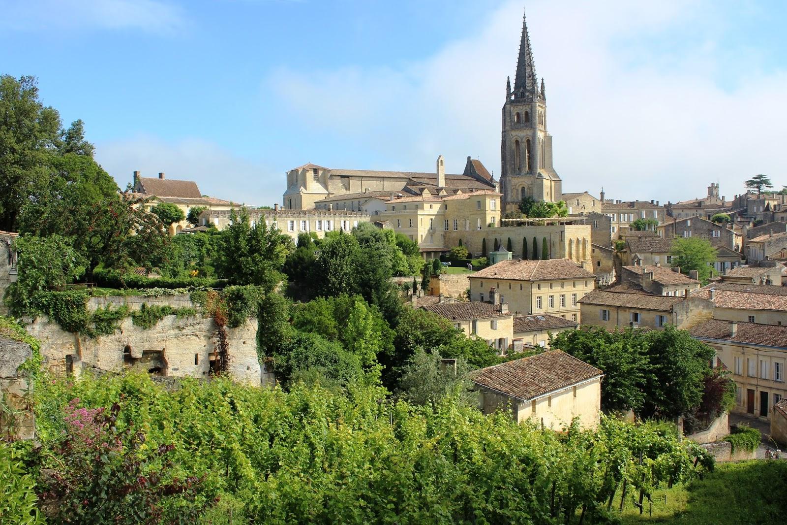 paese saint emilion francia