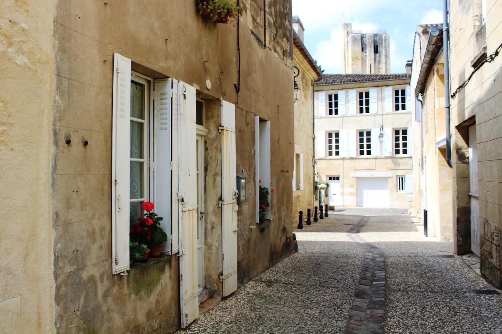 vicolo saint emilion francia