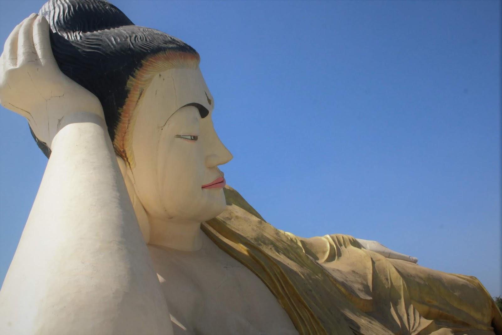 Myathalaung Buddha Bago Myanmar