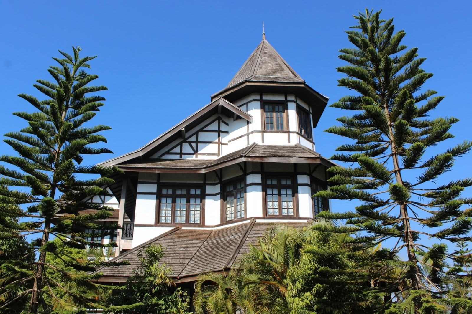 governor's house pyin oo lwin myanmar