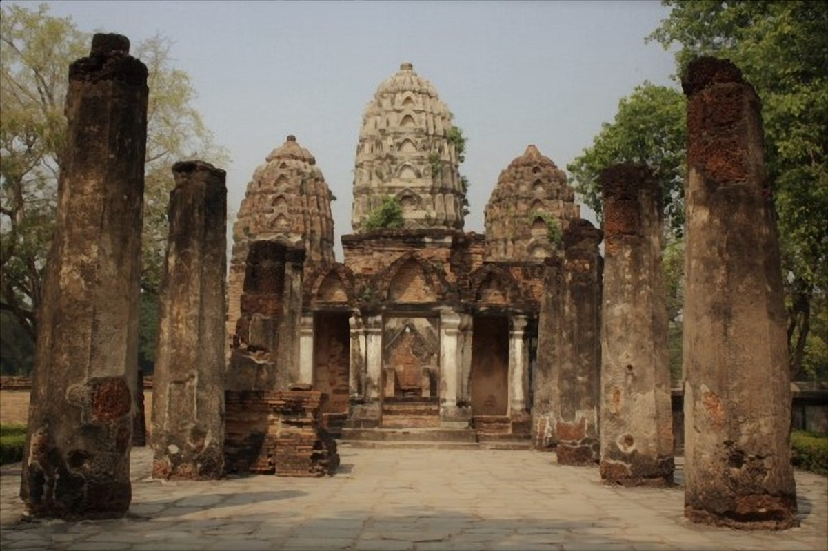 wat si sawai sukhothai thailandia