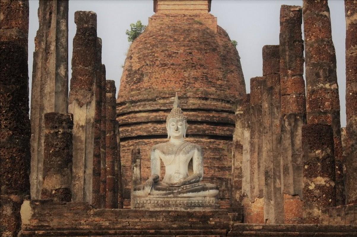buddha sukhothai historical park thailandia