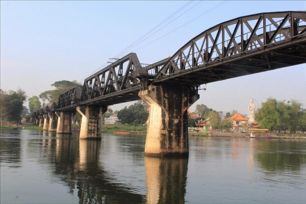 death railway bridge kanchanaburi thailandia