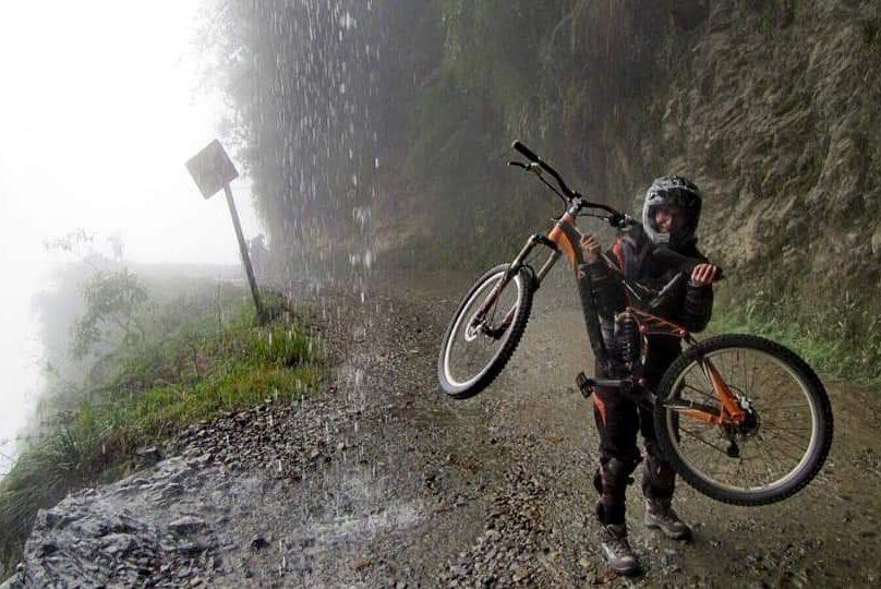 dintorni  la paz ruta de la muerte bolivia in bici