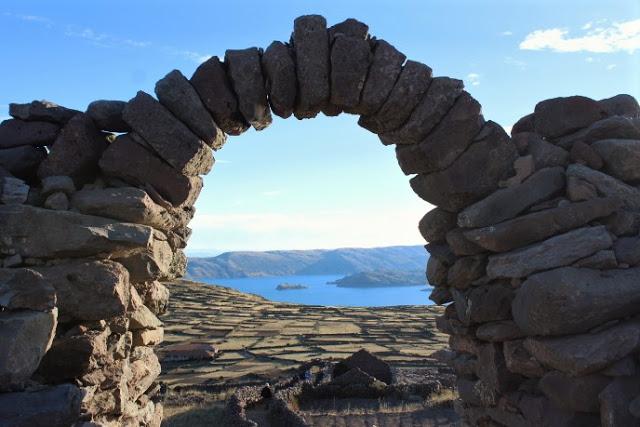 isla amantani lago titicaca perù