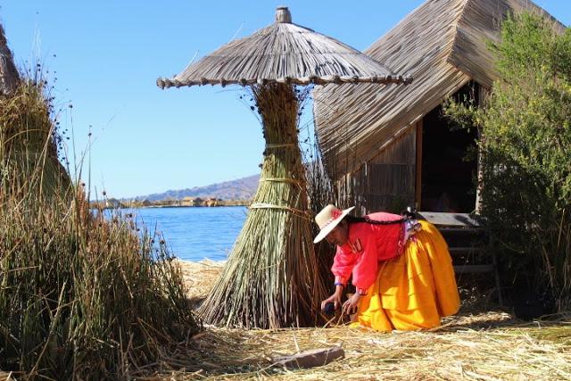 isole uros lago titicaca perù