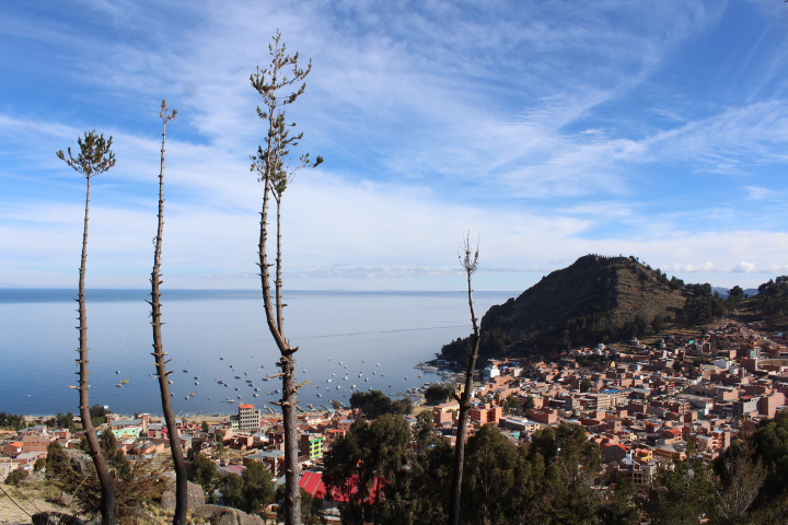 lago titicaca copacabana bolivia