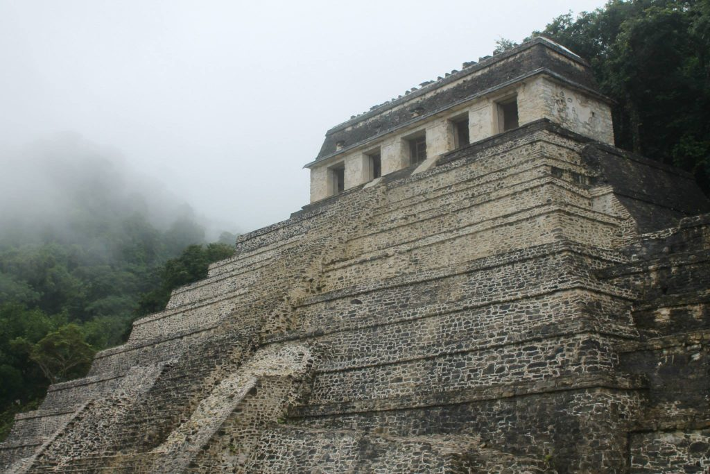 piramide palenque messico