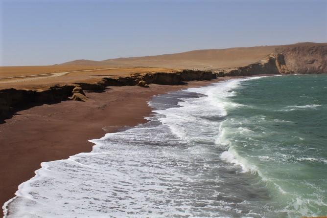 penisola di paracas playa roja