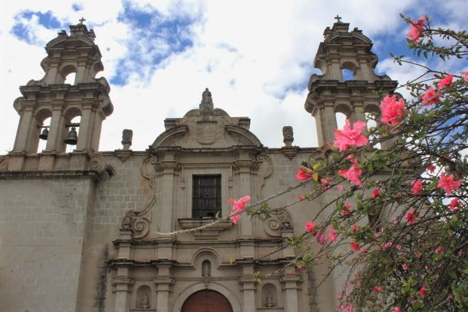 cosa fare a cajamarca: chiesa di epoca coloniale