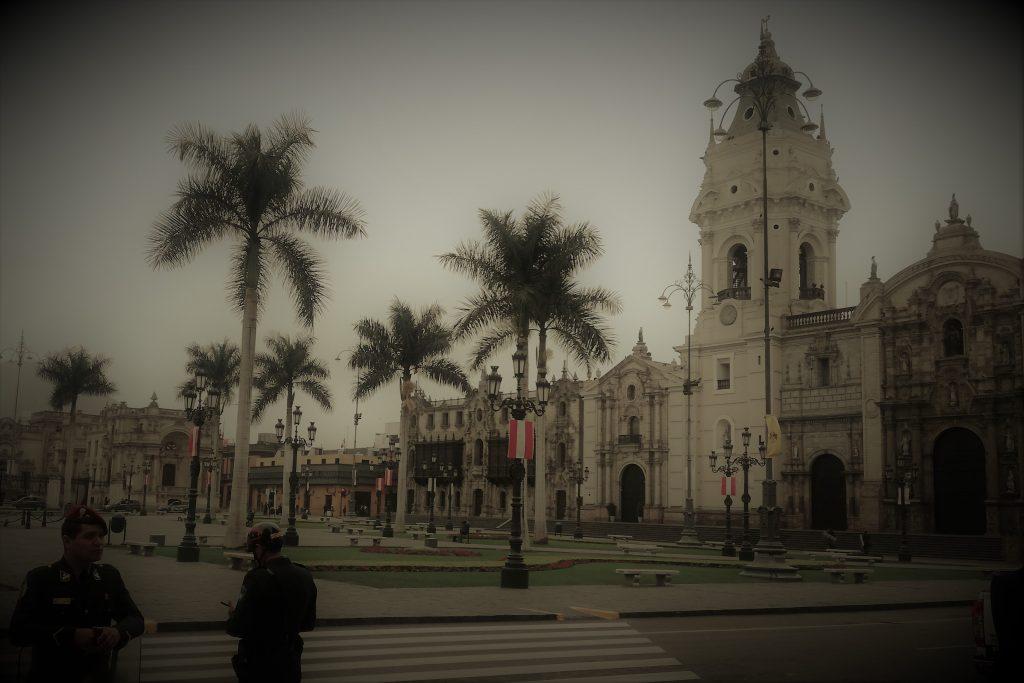 lima in un giorno: plaza de armas