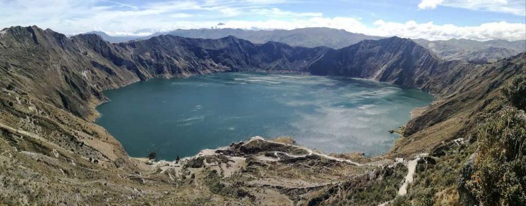 laguna di quilotoa ecuador