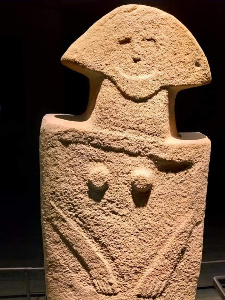 Statue Stele di Pontremoli