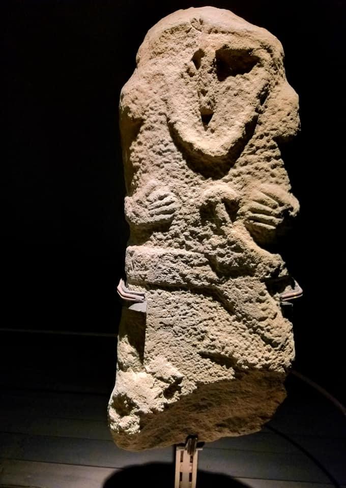 statua stele lunigianese