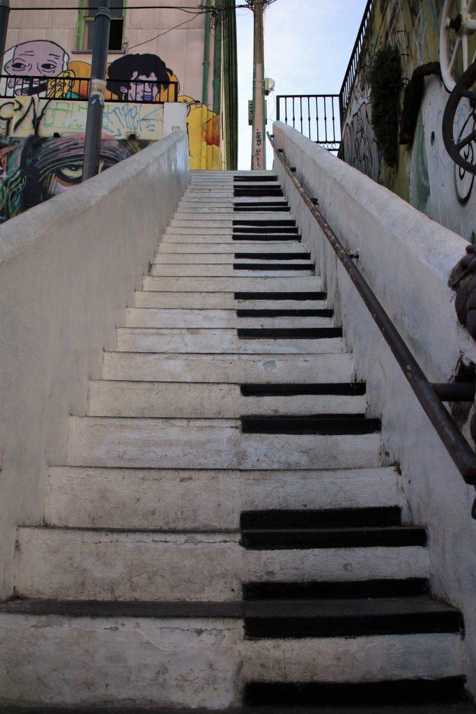 Scala Valparaiso - Calle Beethoven